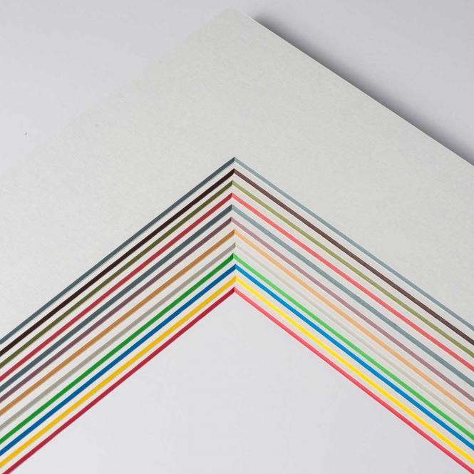 Fertig-Passepartout -  ColorCore 1,7 mm Wei? / Kern: Blau | 13x18 cm (9x13 cm)